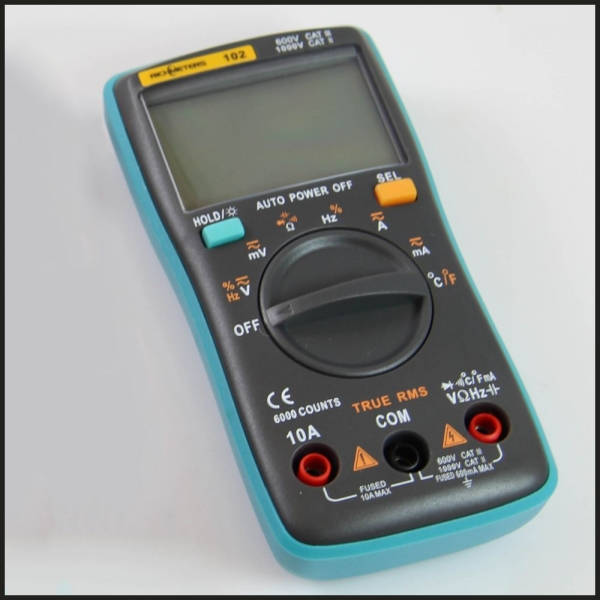 Digitales Multimeter mit Temperaturmessfunktion